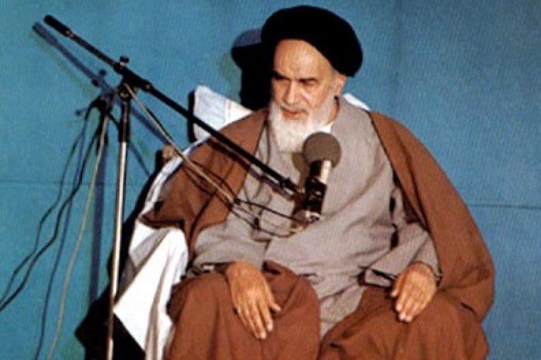 سر پیروزی مجاهدان ایمان به خدا بود.